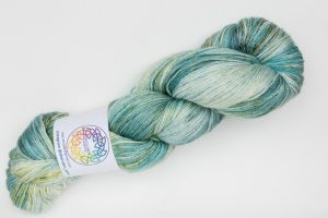 BFL-Silk 4-ply 150g - mint green with speckles
