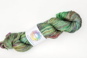 BFL-Silk 4-ply 100g - bright green and dark purp